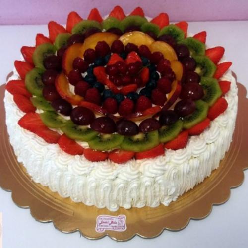 torta panna e frutta di bosco